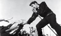1958年3月,有位紅透半邊天的美國歌王貓王 Elvis Presley